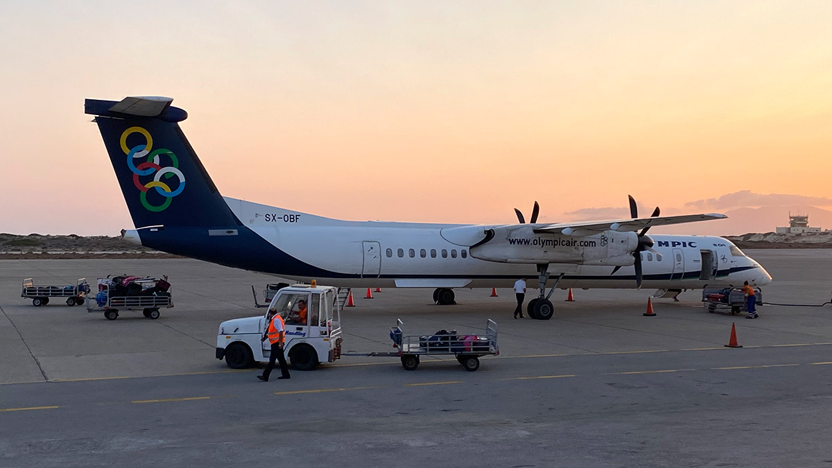Olympic Air DHC 8-400